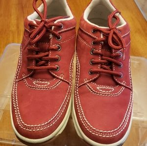Rockport Mens Casual lace up shoes size 9, Red